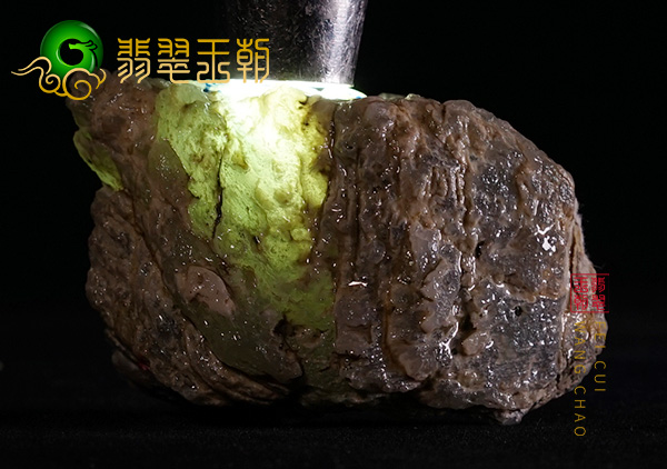缅甸翡翠大马砍场口水石黄加绿色料皮壳起油性开窗见色