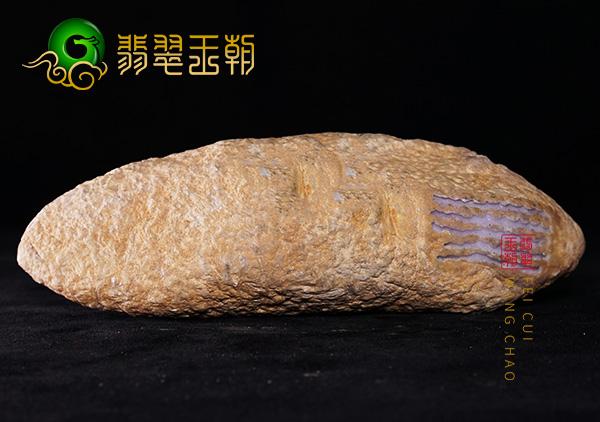 原石料子:翁巴列场口种水原石料子皮壳压灯水长特征表现