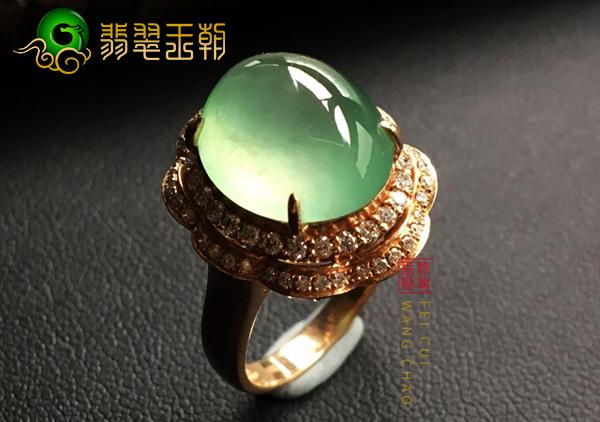 缅甸原石毛料:南齐冰种晴底色翡翠戒指干净通透细腻圆润