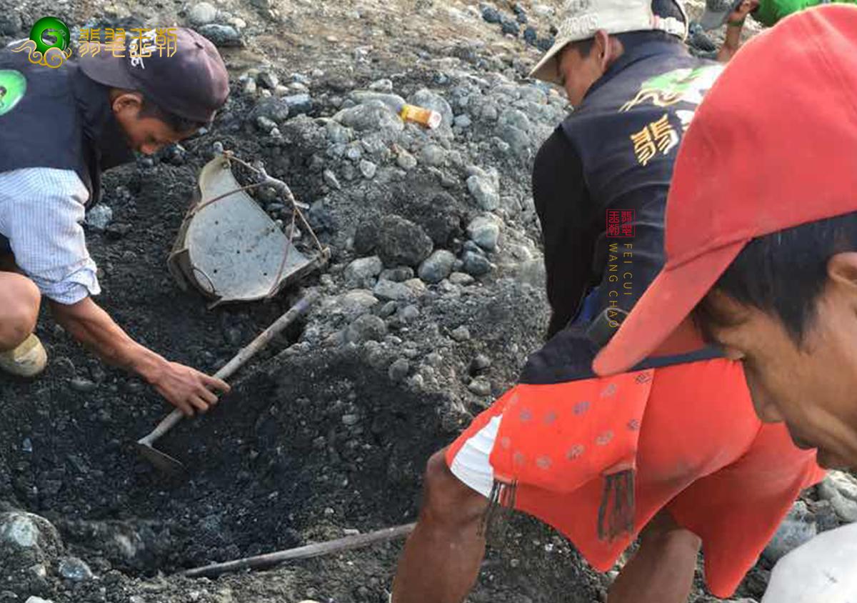 缅甸主要场口翡翠原石赌石皮壳特征解读