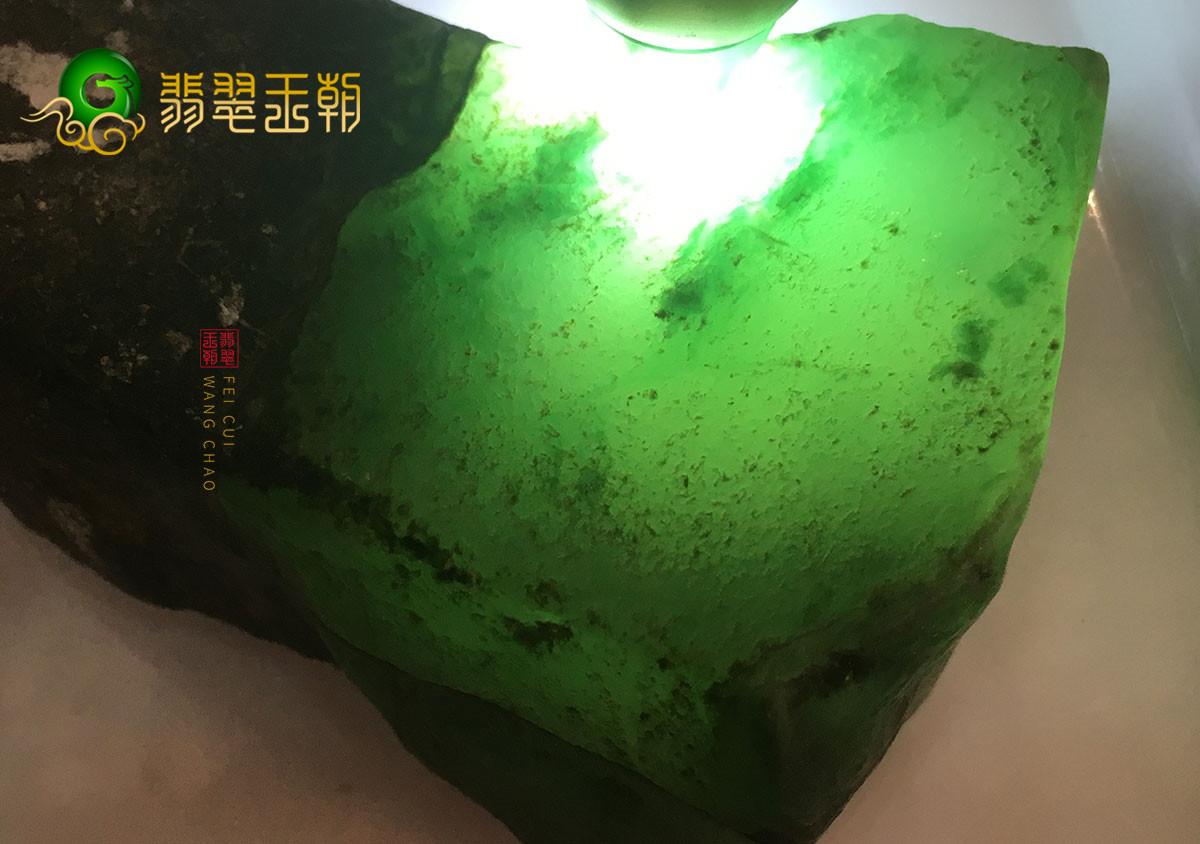 翡翠原石价格_莫岗场口缅甸翡翠原石交易价格