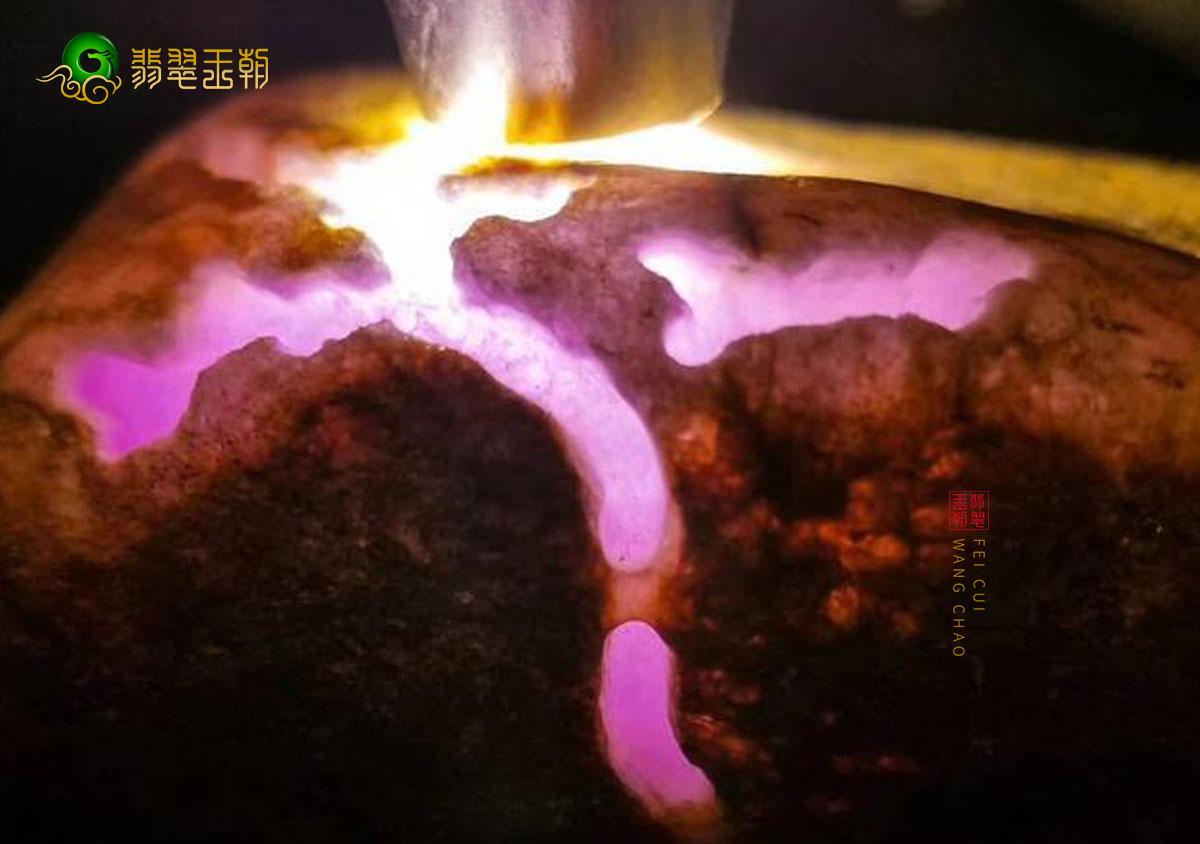 翡翠百科粉彩种翡翠_什么是粉彩种翡翠_粉彩种翡翠种水特点鉴别