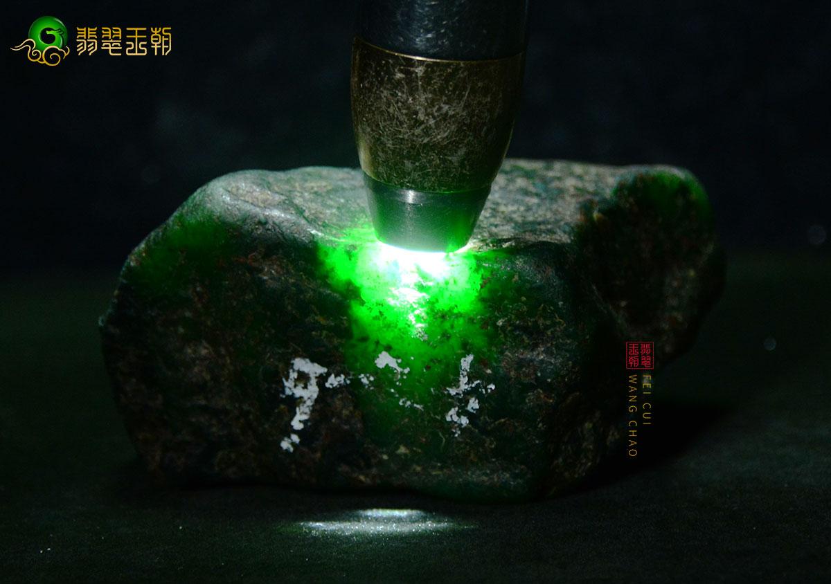 【翡翠百科翡翠原石颜色】翡翠原石那种颜色比较好,有哪些颜色?