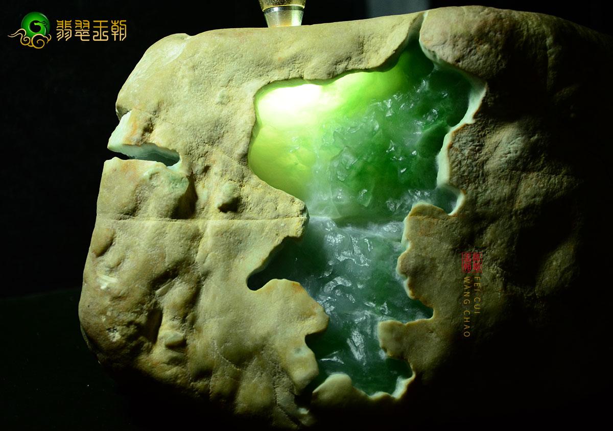 翡翠原石_黄盐沙皮壳缅甸翡翠原石毛料皮壳打灯特点表现