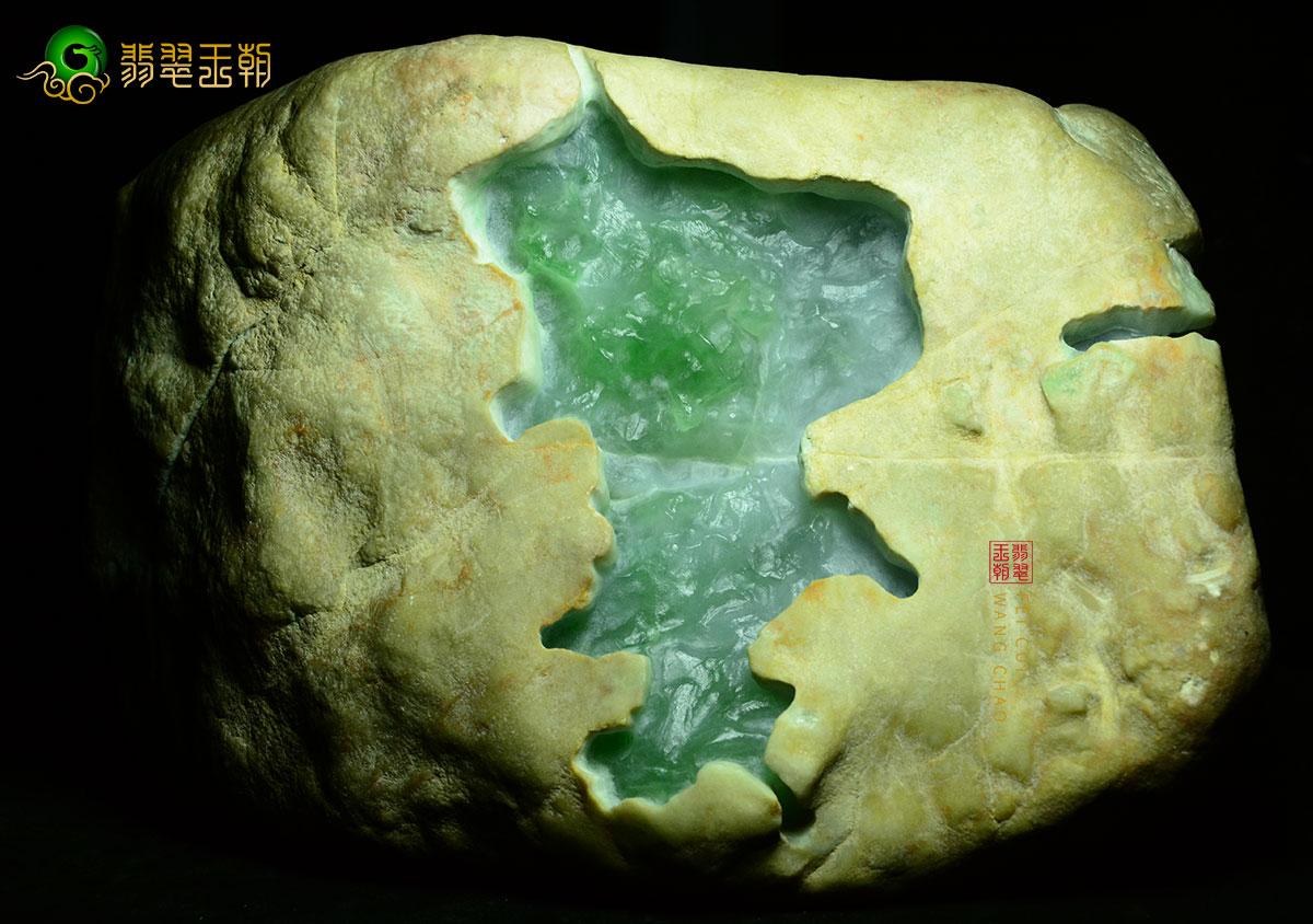 翡翠原石_缅甸白岩沙皮壳翡翠原石毛料皮壳种水特点表现