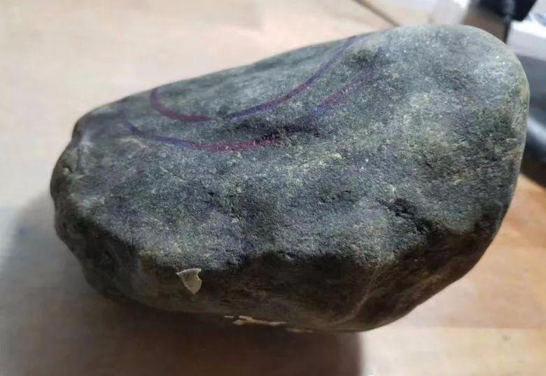 3680买的莫湾基原石料子,连切三刀,刀刀涨