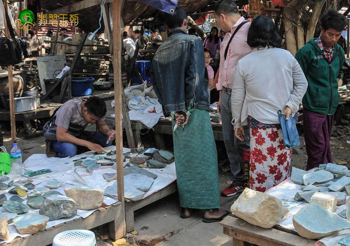 中缅边境_云南瑞丽姐告-中缅边境的璀璨明珠