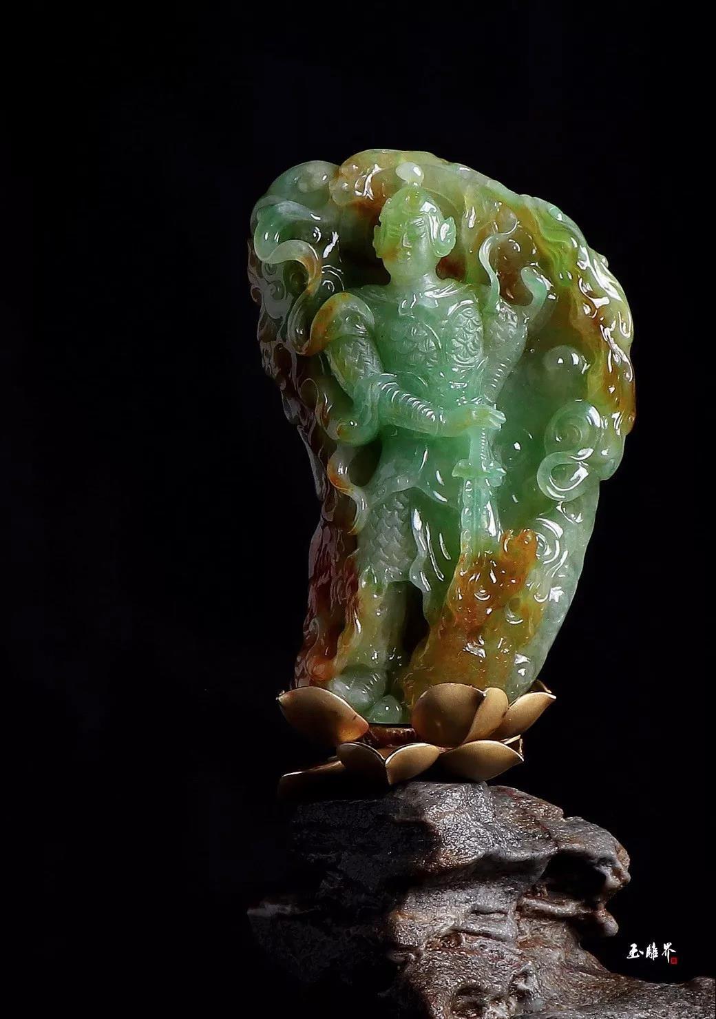 缅甸大马坎糯冰种黄加绿翡翠原石雕韦陀