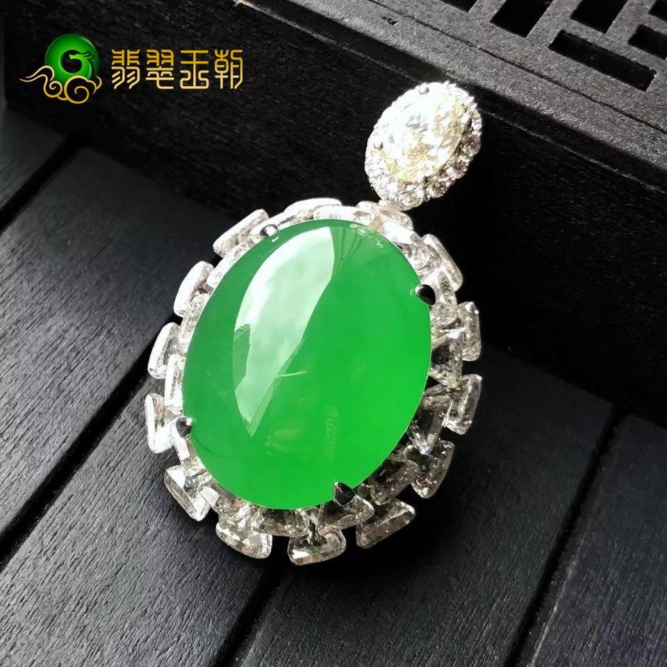 缅甸翡翠原石成品素身翡翠饰品选料要求