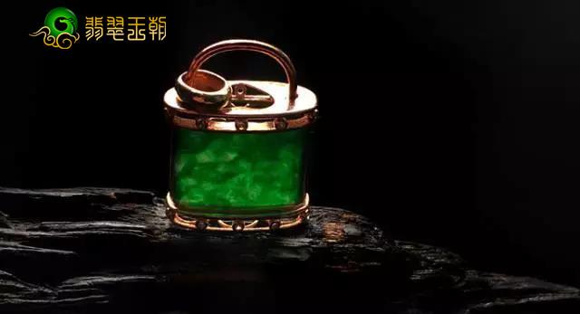 翡翠原石_油青干青花青种缅甸翡翠原石成品种水特点