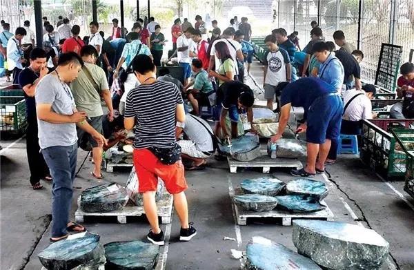 中缅边境_缅甸玉石毛料批发市场-仰光曼德勒批发市场