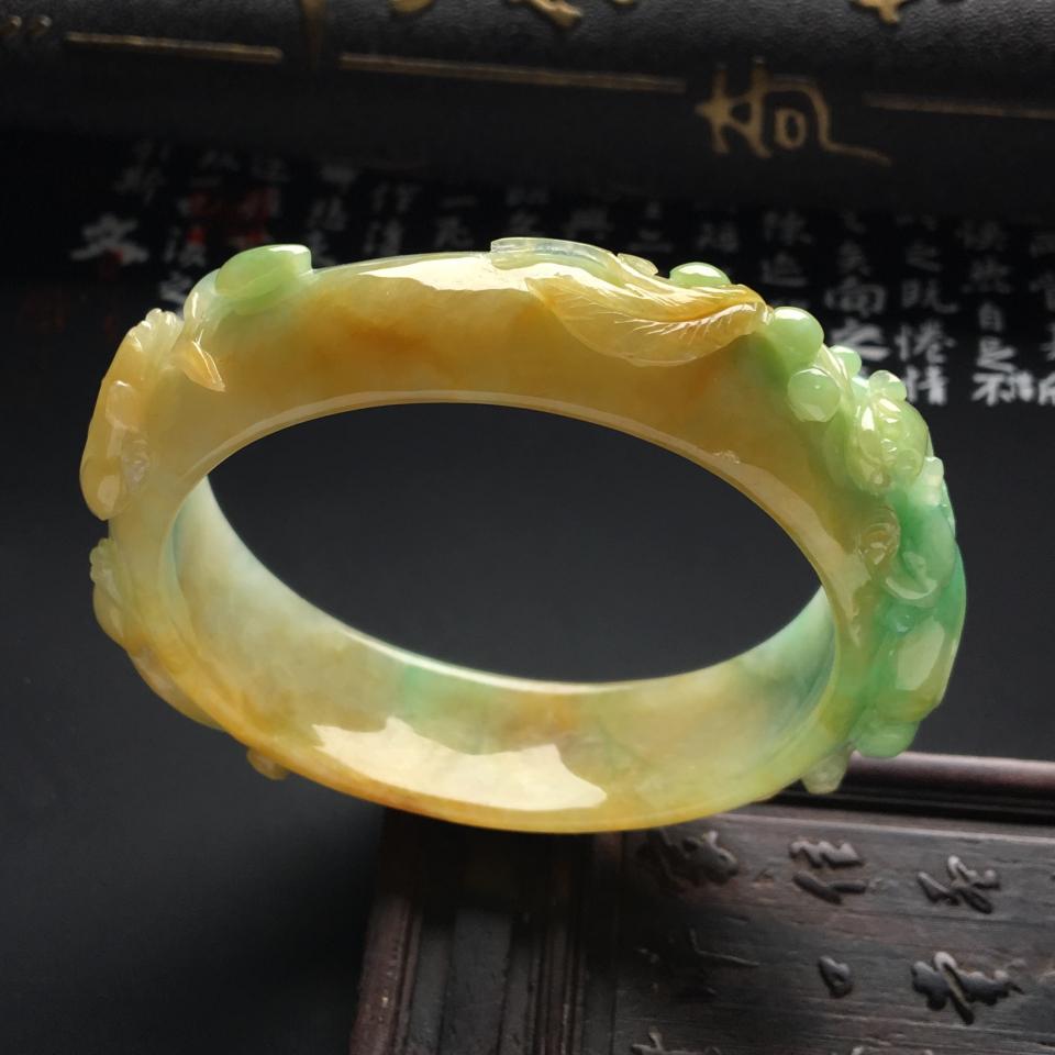 翡翠百科之花条手镯:花条翡翠手镯特点和种类