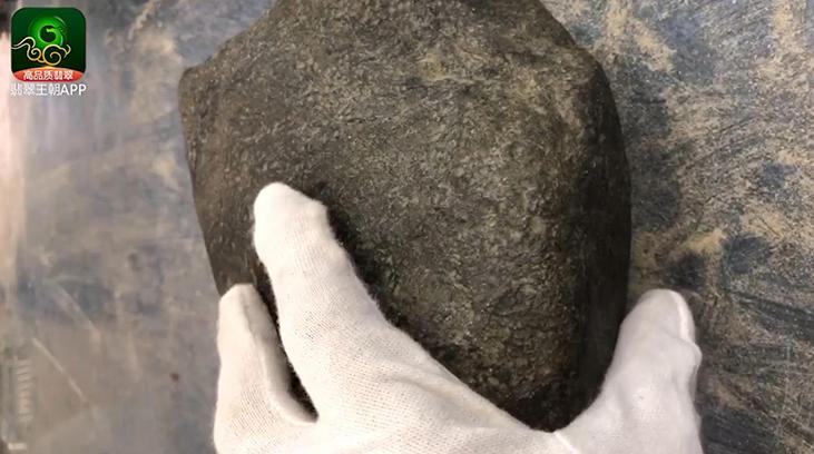 老帕敢场口翡翠原石赌涨几率大吗?有哪些表现特征?