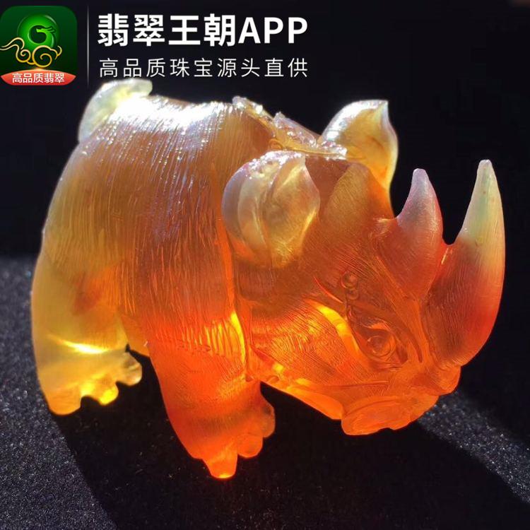 缅甸金棕珀犀牛琥珀小摆件琥珀文玩