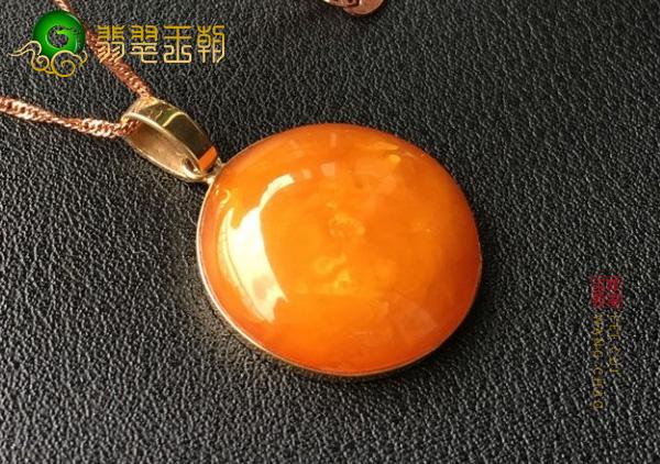 西藏鸡油红老蜜蜡多少钱一克?