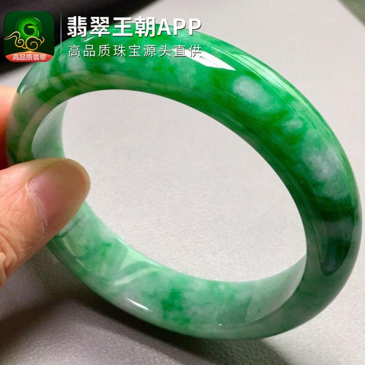 糯冰种飘阳绿正圈宽边翡翠平安镯圈口57mm