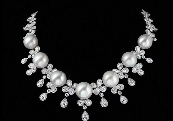 珍珠项链变黄变暗淡皮裂的原因以及正确保养方法