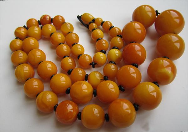 西藏老蜜蜡珠宝首饰市场价格高低影响的5个条件