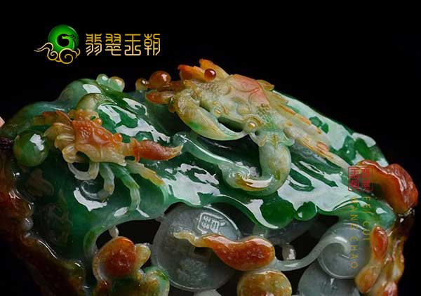 挑选糯冰种黄加绿螃蟹富甲天下翡翠手玩把件收藏原因寓意