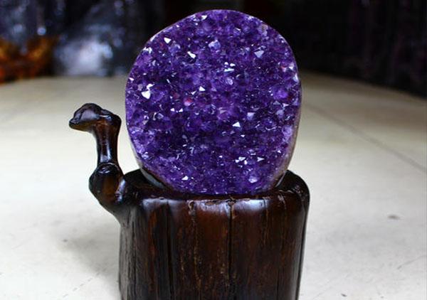 水晶饰品在风水转运效果上最好的6大常见水晶摆件