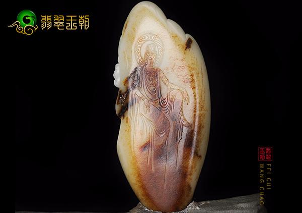 带皮色的和田玉籽料玉雕市场价格昂贵的3大原因