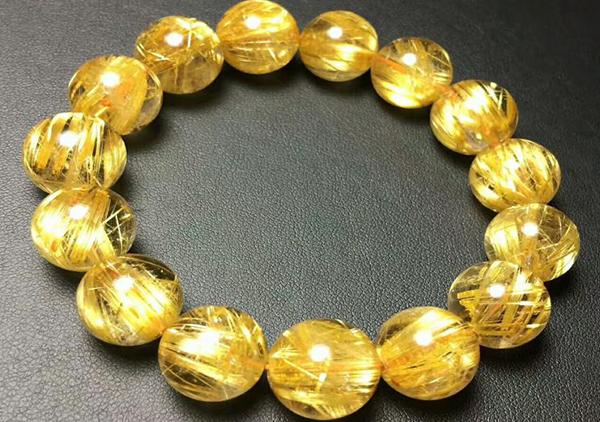 金发晶与钛晶的特征区分方法,佩戴钛晶手链有招财护身功效