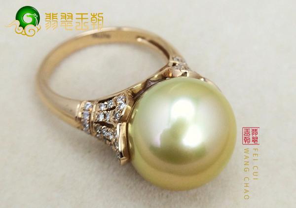 珍珠戒指不是随便佩戴的,要根据手型以及肤色来选择