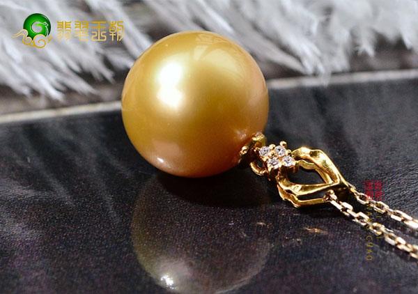 珍珠裸珠吊坠选择多大比较合适呢?珍珠吊坠直径大小解析