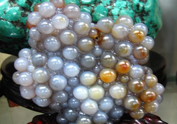 葡萄玛瑙形态呈现的7种类型,独有的玉中奇石