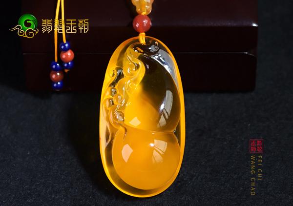 琥珀蜜蜡挂件首饰中的10种瑞兽人物植物招财配饰