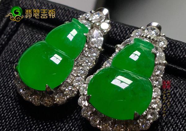 冰种浓绿翡翠镶嵌耳环要如何挑选到适合自己的