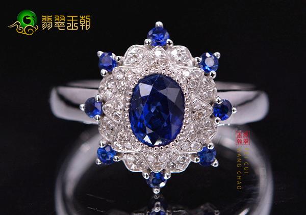 蓝宝石中比较具有价值的4类不同颜色的蓝宝石戒指
