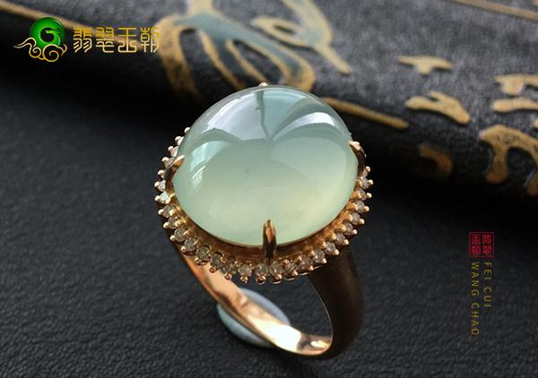 冰种晴水翡翠戒指收藏投资已经成为新的主流趋势