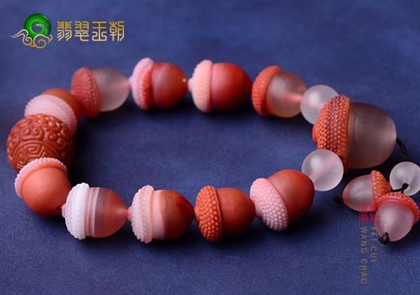 玛瑙传说以及全面知识解析,佩戴玛瑙手镯珠串手链功效