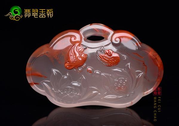 冰飘南红俏色雕件珠串3方面特色价值