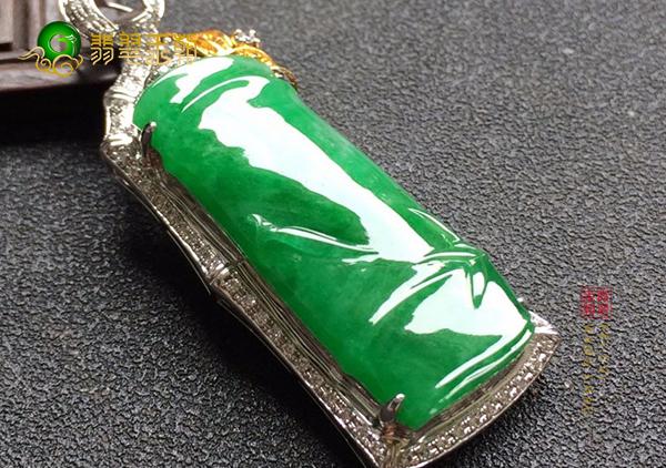 糯冰种浓绿翡翠竹节挂件雕工是好是坏如何判别