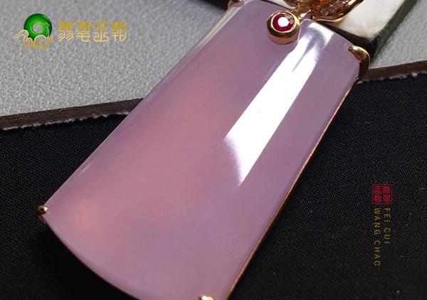 冰种紫罗兰翡翠无事牌挂件设计的六多是哪些