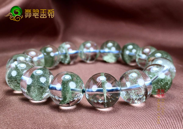 绿幽灵水晶手链吊坠变黄原因以及来说传说故事