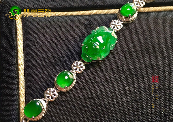 冰种满绿翡翠貔貅镶嵌手链适合什么人佩戴