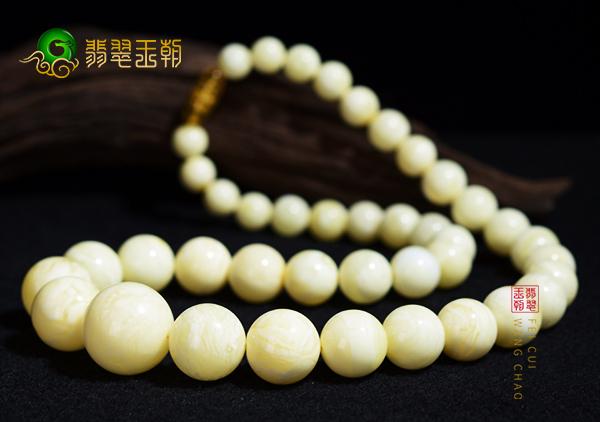 白蜜蜡珠串特征以及选购方法,白蜜蜡真假鉴别