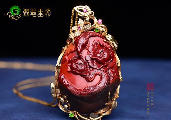 南红锦红雕件选购收藏要从质地大小完整度等方面看