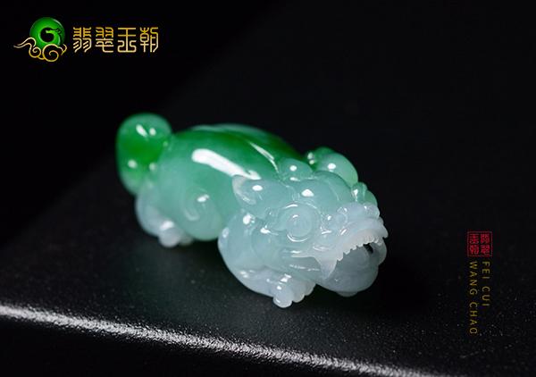 糯冰种飘翠翡翠玉雕貔貅挂件不开光有效果吗