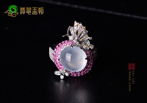 高冰种无色翡翠蝴蝶戒指镶嵌常见的材料介绍