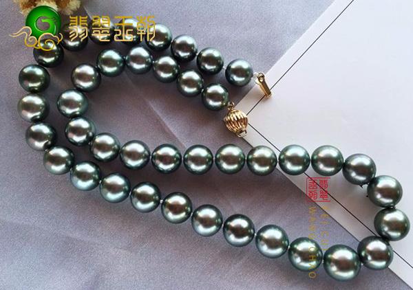 黑珍珠项链吊坠多少钱?佩戴黑珍珠具有镇定安神的作用