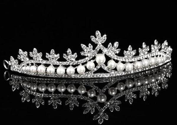 新娘珍珠头饰5种款式,不一样的珍珠头饰让造型更加高贵