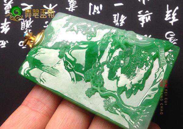 糯冰种阳绿翡翠挂件玉雕松鹤延年题材如何选料
