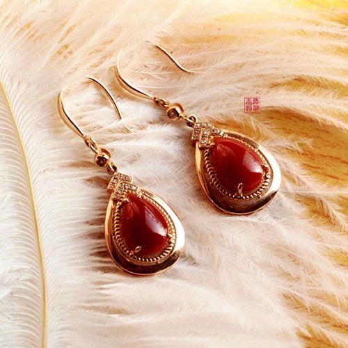 红珊瑚耳钉耳环选购,阿卡沙丁莫莫珊瑚耳饰选哪一款好呢?