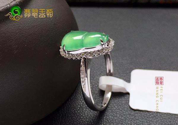 冰种晴水翡翠戒指一般售价多少钱价格贵不贵