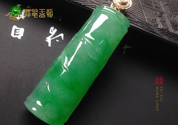 糯冰种翠绿色翡翠节节高挂件佩戴步步高升的由来