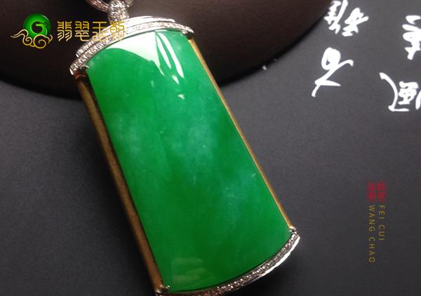 糯冰种阳绿翡翠节节高挂件的几种款式及价格